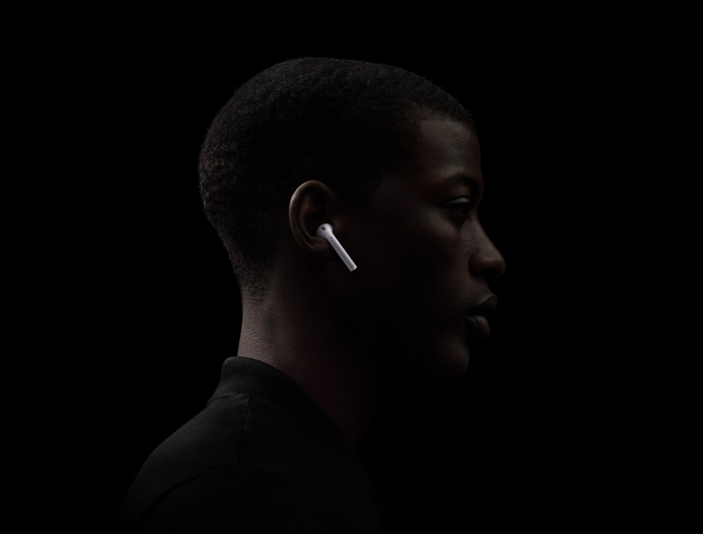 Apple AirPods (2019) (MV7N2RU/A)