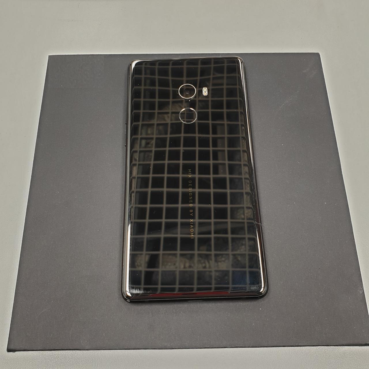 Xiaomi Mi Mix 2 128Gb Black (Б/У, хорошее состояние)