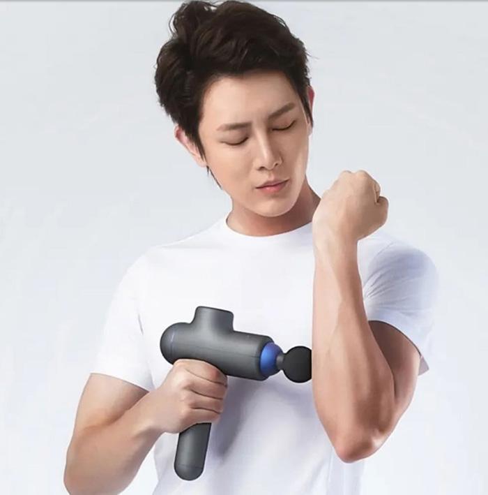 Массажный пистолет Xiaomi YUNMAI Massage Fascia Gun (для тела, 3 режима работы, пластик/нейлон, до 3